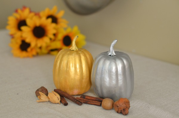 Make Your Own Guilded Pumpkins