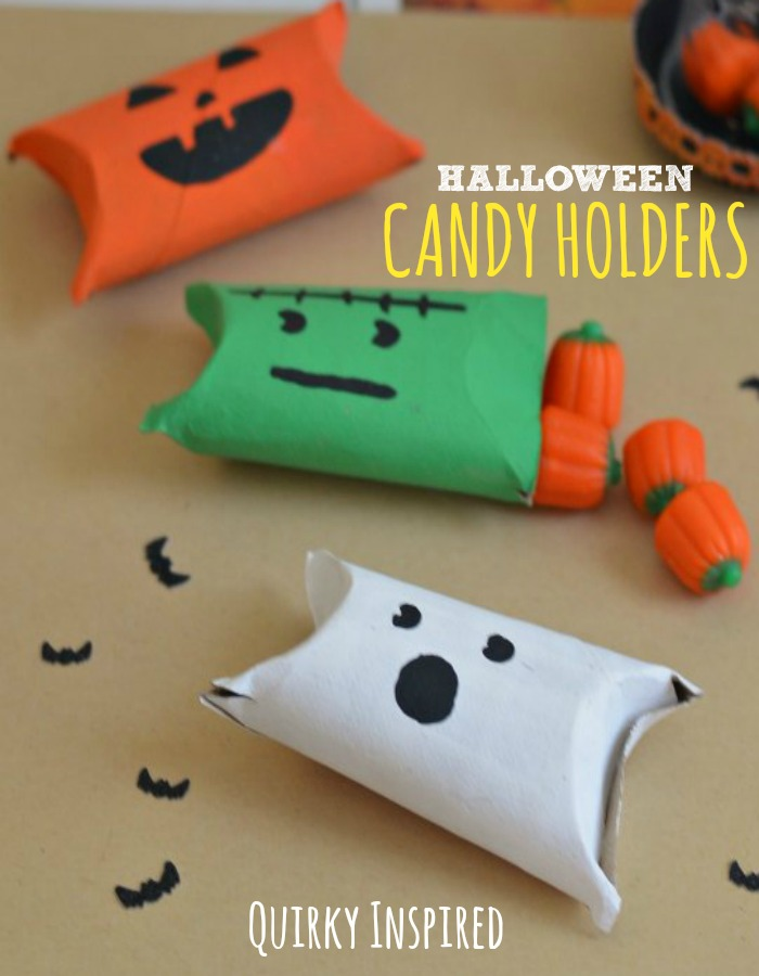 Looking for easy Halloween crafts for kids? This great round up of Halloween Crafts has something for kids of all ages
