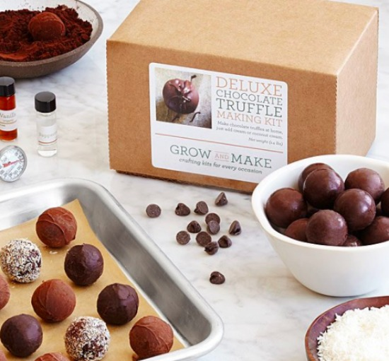 This romantic Valentine's gift ideas is great for chocolate lovers!