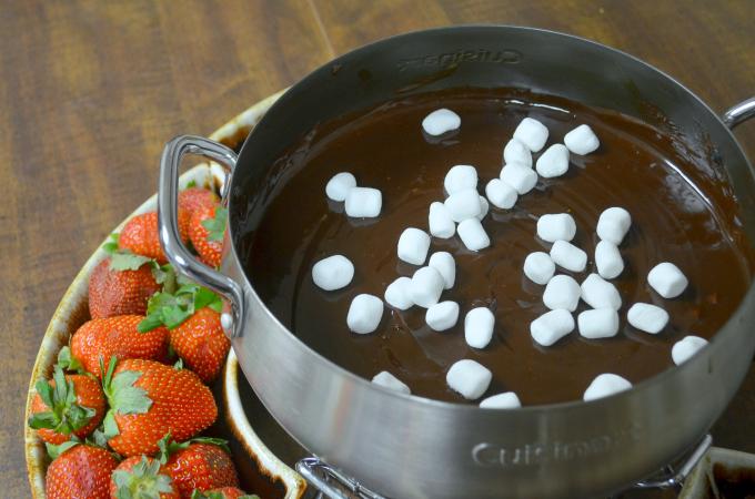 S'Mores Chocolate Fondue Recipe