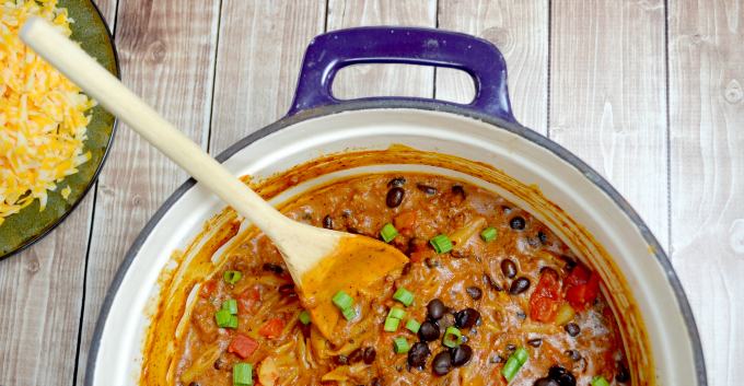 Love that you only mess up one pot with easy one pot dinners! Enchilada pasta for the win!