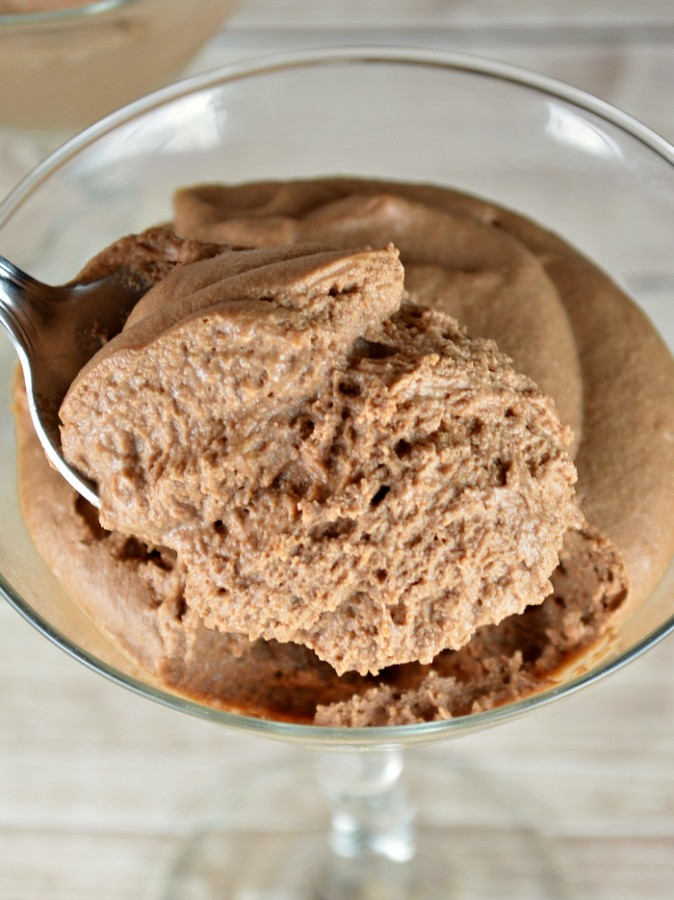 This easy chocolate mousse recipe only has four ingredients, and is such a sweet, quick dessert recipe