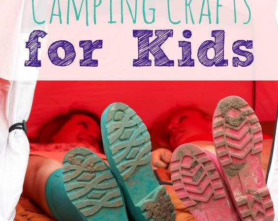 Love to go camping, but hate boredom? Then check out these 25 camping crafts for kids!