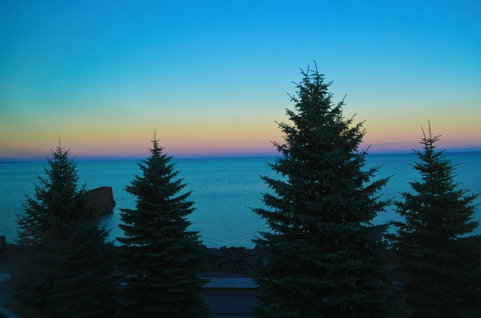 Looking for a fun road trip? Check out places to stay in Duluth Minnesota for a girls weekend