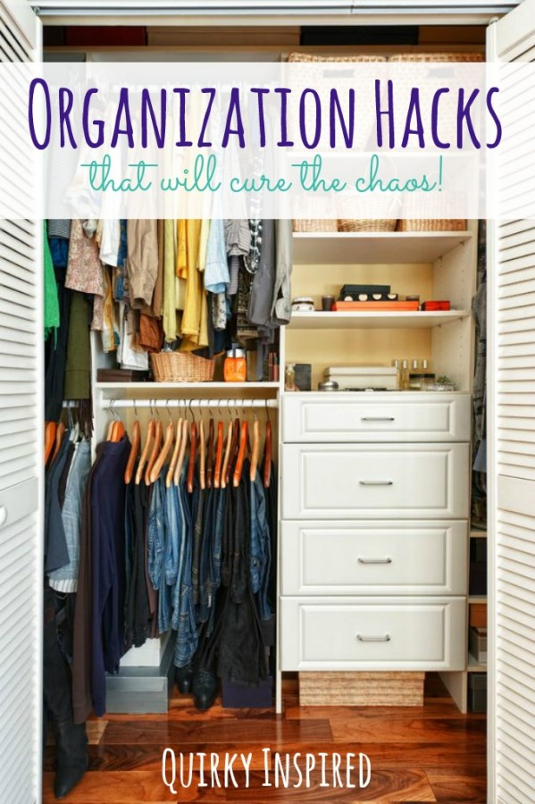 Tired of all the chaos in your brain thanks to clutter? Check out these 6 organization hacks to slay the chaos beast!
