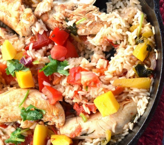 Need an easy dinner idea? Check out these quick one pot dinner ideas. Lots of yum with next to no mess!