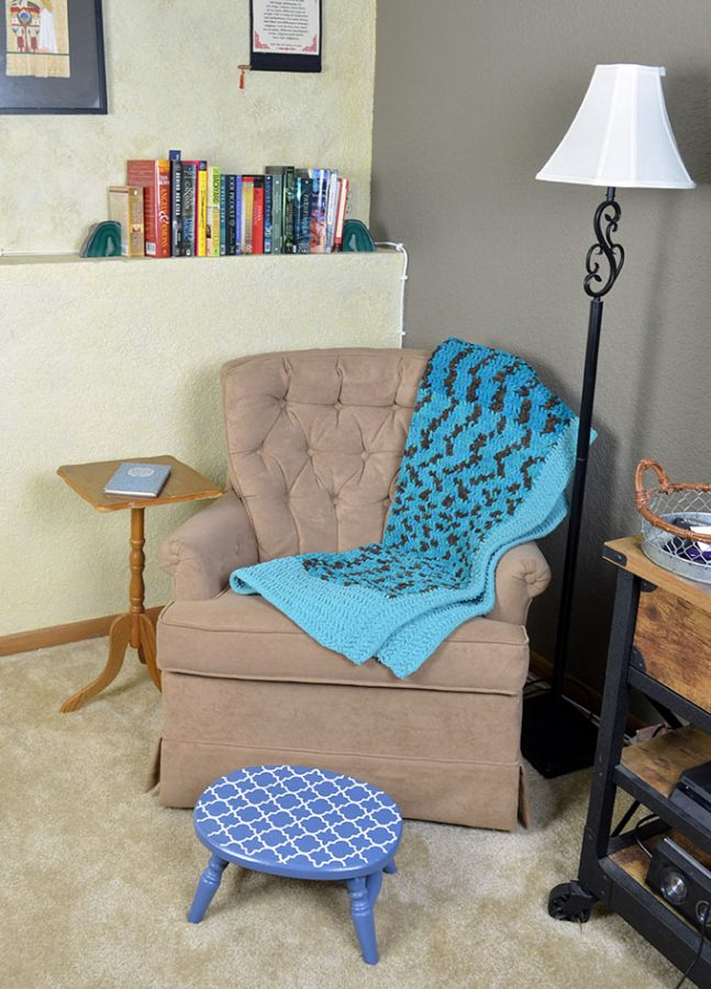 Want a reading nook, but don't want a thousand dollar DIY project? Check out how to DIY your own reading nook in three easy steps!