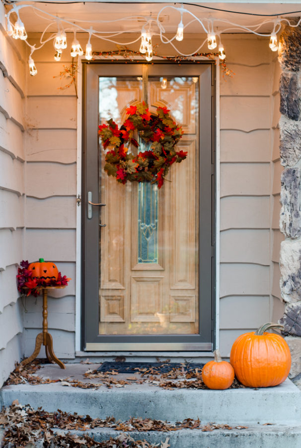 Your home should reflect who YOU are! Check out this easy fall front porch idea to get your creative juices flowing for your fall front porch look! #AD