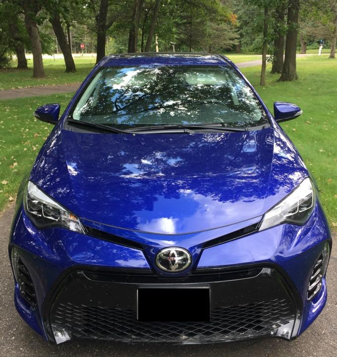2017 ToyotaCorolla11