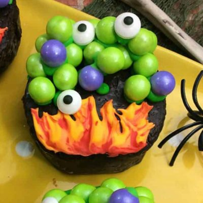 31+ Easy Halloween Cupcakes for Your Ghoulish Sweet Tooth