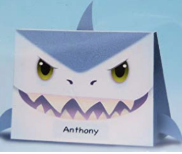 Cute Shark mailbox for Valentine's day. Such a fun way to celebrate Valentine's Day in the classroom.